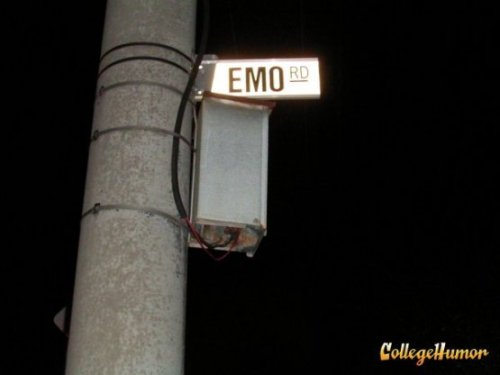 Emo Road in Australia All the members of Dashboard Confessional live on this block.