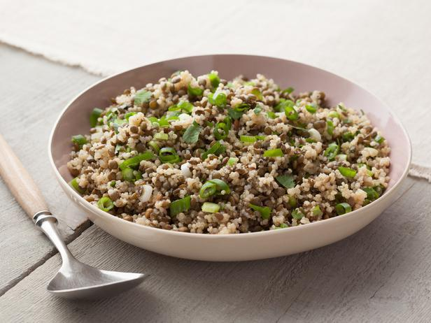 (via Quinoa and Bean Pilaf — Meatless Monday | FN Dish – Food Network Blog)