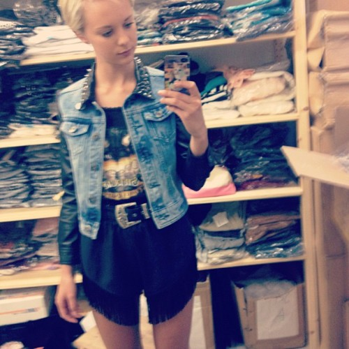 chebo:  Obsessing over my new jacket #growze  (Taken with Instagram at GROWZE)