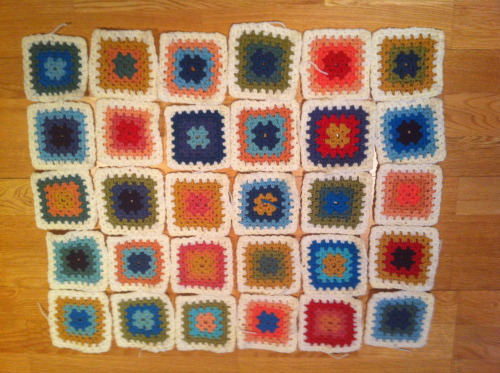 The afghan so far, feel like I have done hundreds of granny squares - but it doesn't look that big right now! Lots more to do…..