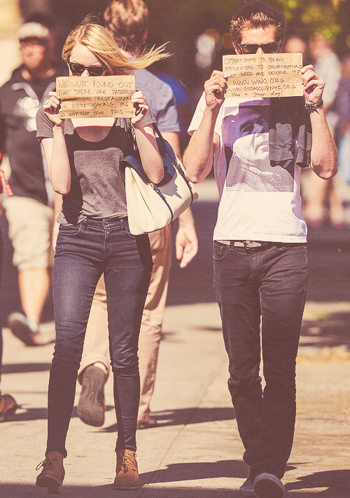 "-sadscars:  ""We just foud out that there are paparazzi outside the restaurant we were eating in. So … why not take this. → Opportunity to bring attention to organizations that need and deserve it ? www.wwo.org www.gildasclubnyc.org have a great day!"""
