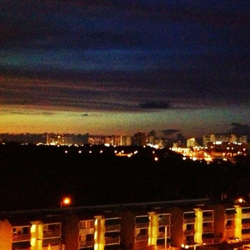#sunset #sky #buildings #islaverde #carolina #puertorico #myview #igerspr #igpuertorico  (Taken with Instagram at Laguna Gardens)