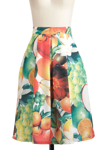 Precise pleats and a bold print make the Splash Forward Skirt a standout!