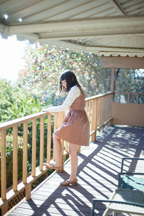 calivintage:  a peek at my latest outfit post. enjoying a dreamy weekend on the northern california coast. you can click here for many more photos!