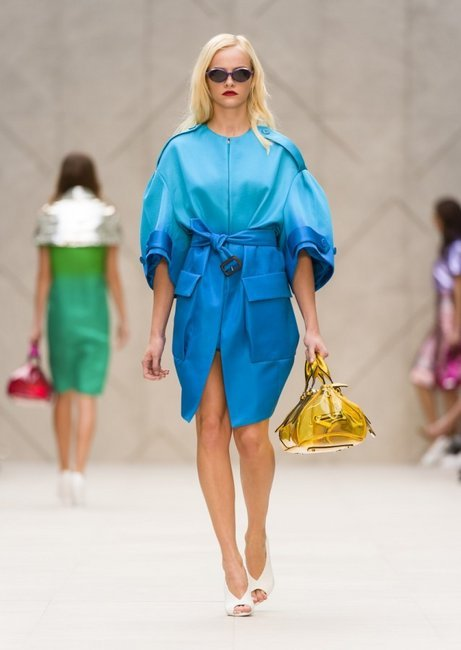 oystermag:  London Fashion Week Review & Runway Gallery: Burberry
