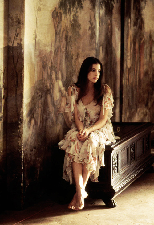 Stealing Beauty, 1996. (dir. Bernardo Bertolucci)   Angel Liv <3