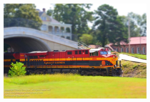 Kansas City Southern Through Edwards… From this weekends photo wanderings. This one may be available for purchase soon…