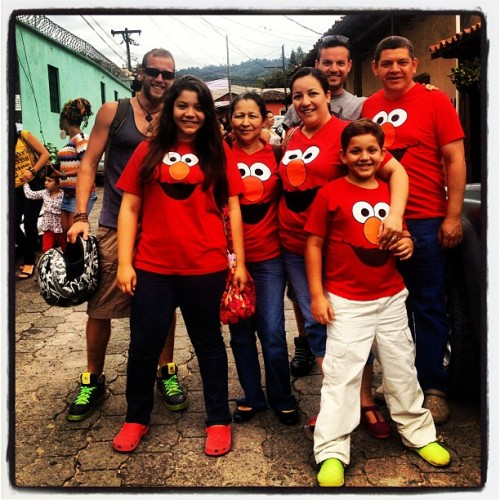 Matching Elmo digs for the whole familia. Just an average Sunday outing.   #valledeangeles #honduras  (Taken with Instagram)