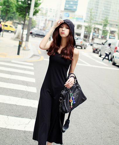 Dahong Casual Hood Sleeveless Long One Piece x Design your Style with Showroom82.