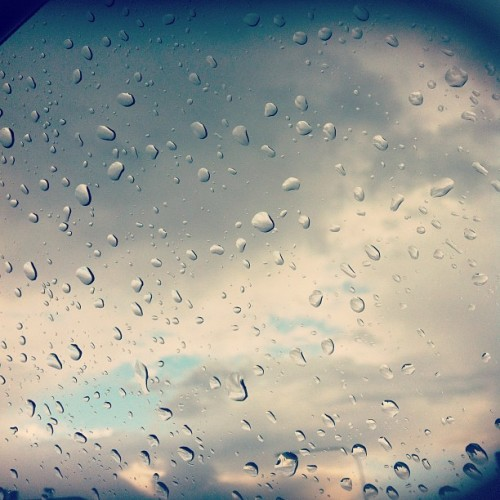 Rain on my windshield but theres blue sky over there! #sky #rain #sydney  (Taken with Instagram)