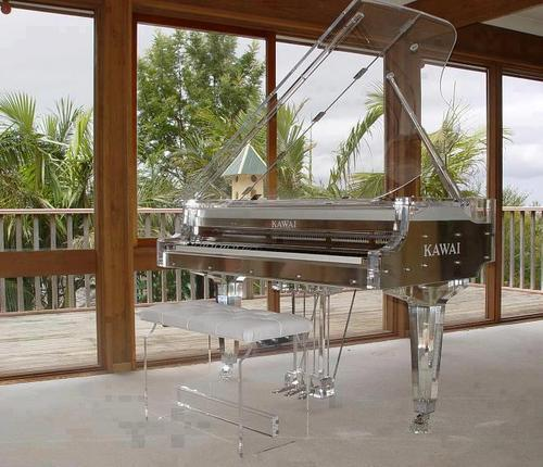 thegamzees:   redandtasty:     Glass piano   its so so 'kawai'   get out