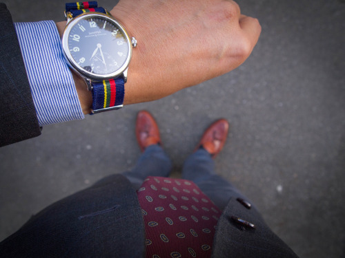 brokeandbespoke:  Good Morning! Shoes: Allen Edmonds 'Brookwood', thrifted $9 Pants: Dockers Alpha Khaki, courtesy of Dockers Shirt: Tommy Hilfiger, thrifted $5 Tie: Robert Talbott, thrifted $2 Jacket: Polo Ralph Lauren by Corneliani, thrifted $12.50
