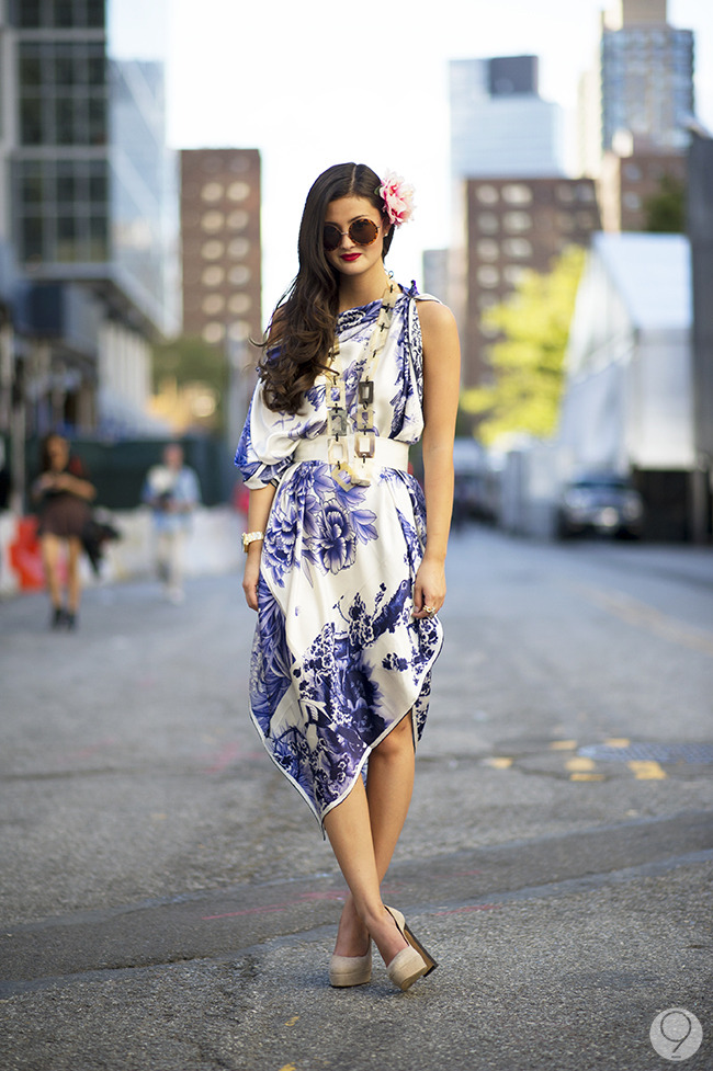 Street Style: Peony Lim celebrates the last of the summer weather with a beautifully bold floral dress. Via I'm Koo.