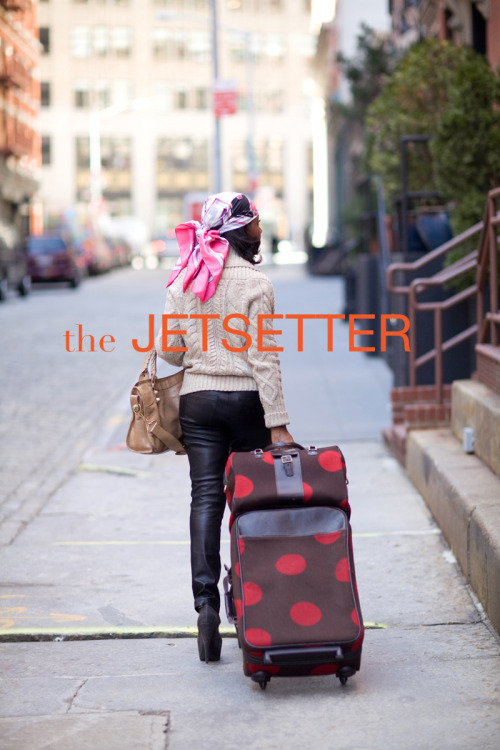 Don't leave home without your personalized stationery from the Jetsetter Collection! Perfect for sending hellos and thank yous.http://effiespaper.com/jetsetter