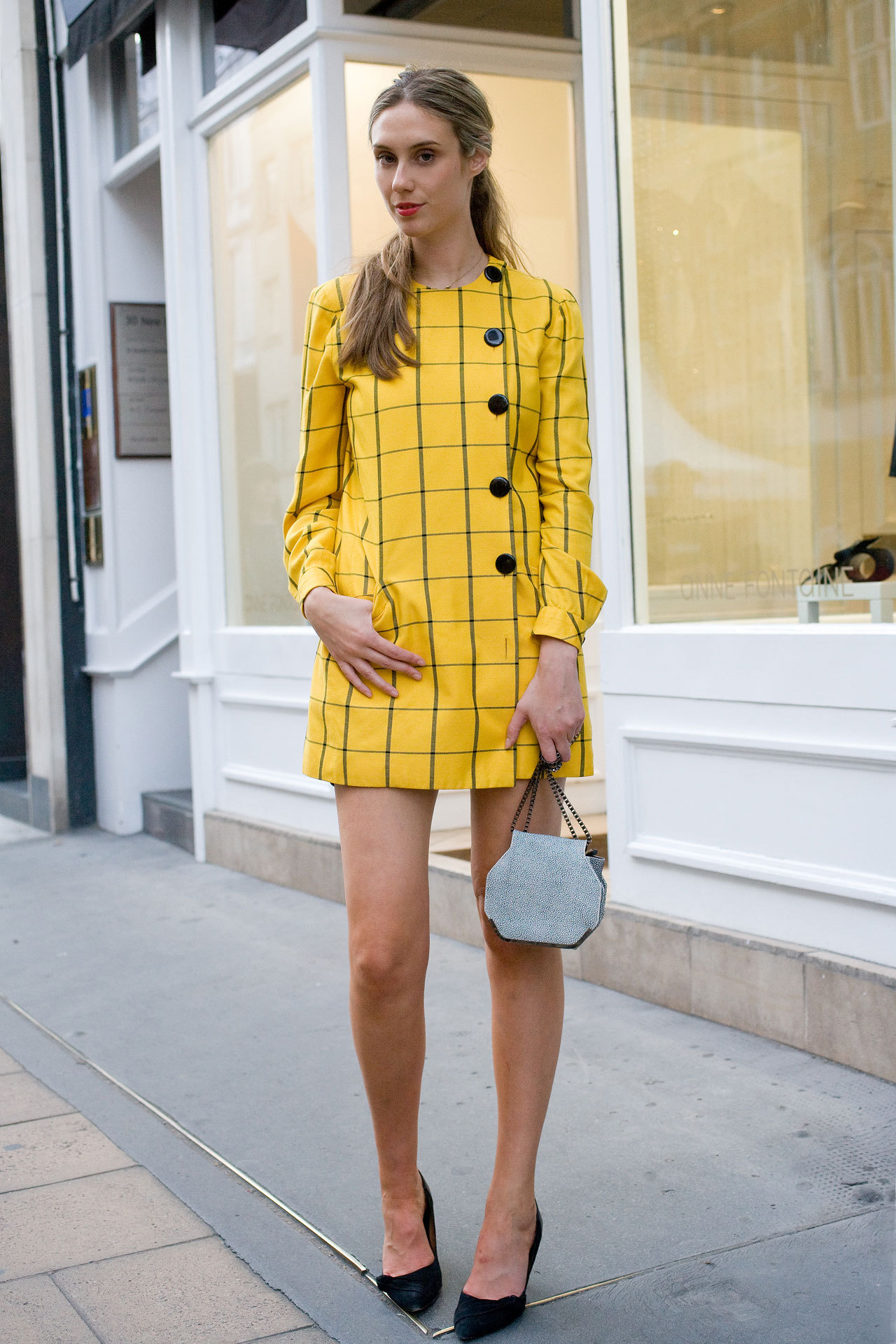 jessica hannan photographed for VOGUE Street Chic.
