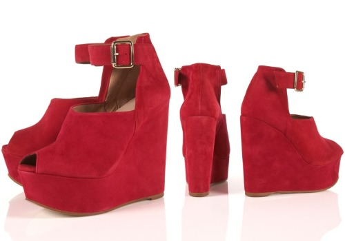 These platform wedges from Topshop are hot! FOR SALE $49.99/ SIZE 7