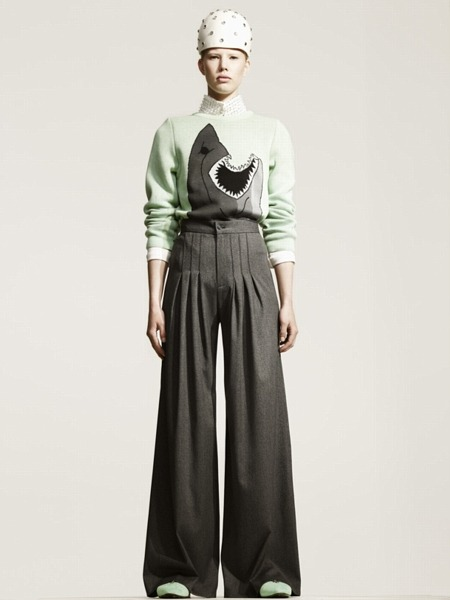 This A/W 2011 look from Swedish sister duo Minimarket has our heads swimming with delight! (via demeter clarc)
