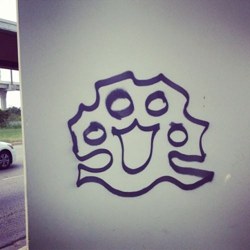 Someone got up. @10Deep?  @10deepnyc #graffiti #brassknuckles (Taken with Instagram)