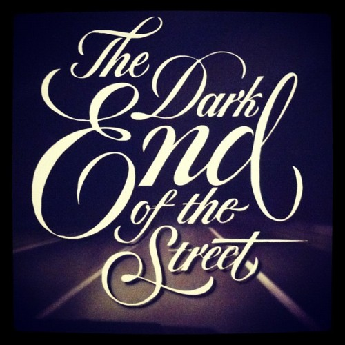 The dark end of the street. #dark #cd #music #carhartt #instagram #instadope #instagramer #instagrahub #instaphoto #instafoto #foto #photo #instapic #shot #bestshot #shotoftheday  #justinbieber #onedirection #clubinstagram #picture #beauty #networksocial #webstagram #iphone #iphonesia #best #like #love #awesome  (Tomada con Instagram)