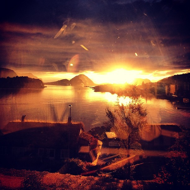 #sunset #evening #sun #nature #alesund #norway #yellow #skies #ocean #God #life  (Taken with Instagram)