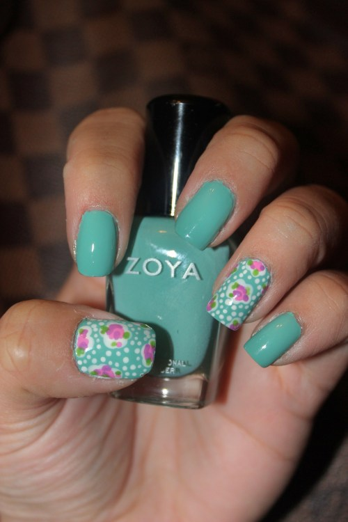 Random floral design using Zoya's Wednesday.Enjoy :)