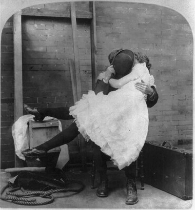 Secret Kiss! 1910s cabinet card