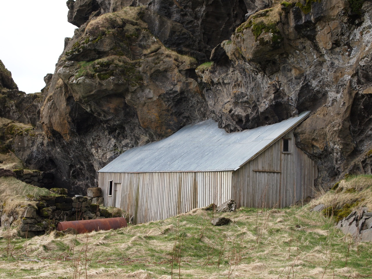 Barn in IcelandSubmitted by Raya Stefanova