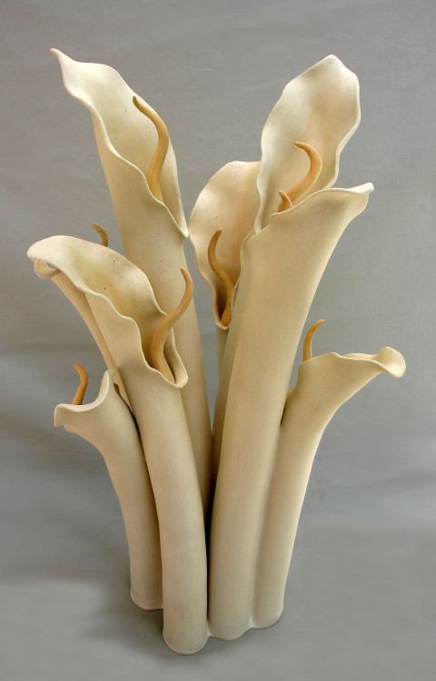 Elizabeth Shriver: Lilies in Bloom, 2007, Ceramic, 22x 12 x 11 in.