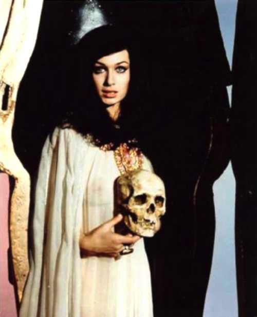 Publicity photo of Valerie Leon in Blood From The Mummy's Tomb (1971)