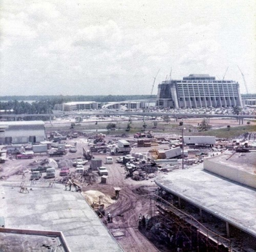 Cool, sorta eerie photos - Magic Kingdom being built