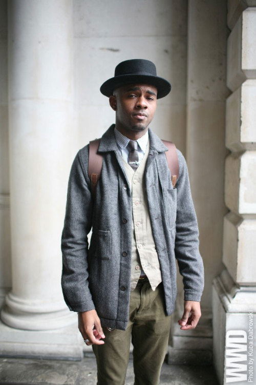 womensweardaily:  They Are Wearing: London Fashion Week Spring 2013
