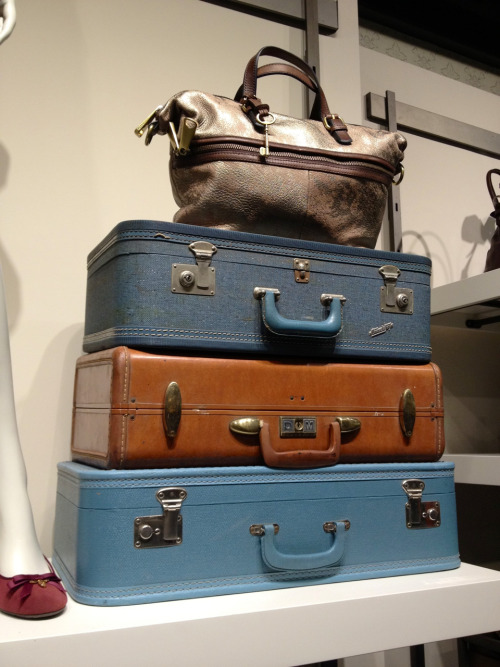 bostonianresolution:  I would gladly live out of my suitcase if it meant I could see the world