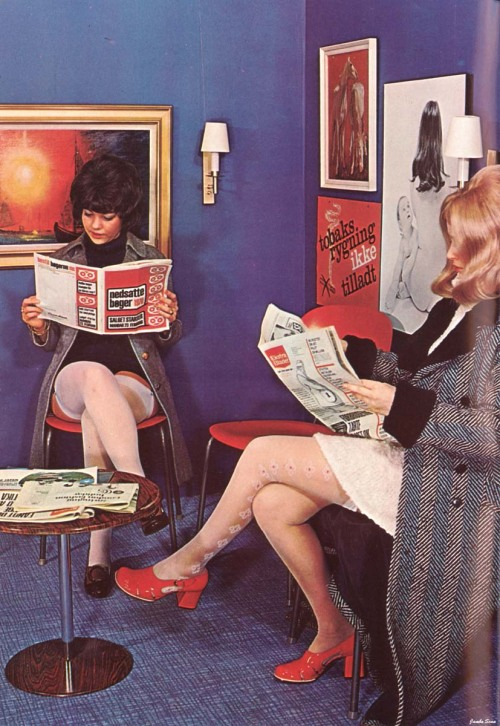 too—much—soul:  vintagemarlene:  vintage fashion in the waiting room  I love everything they're wearing!