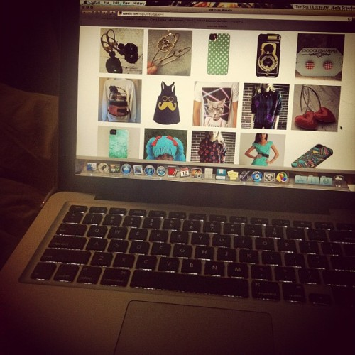 mylife-throughphotos:  Studying so hard right now. #Wanelo (Taken with Instagram)