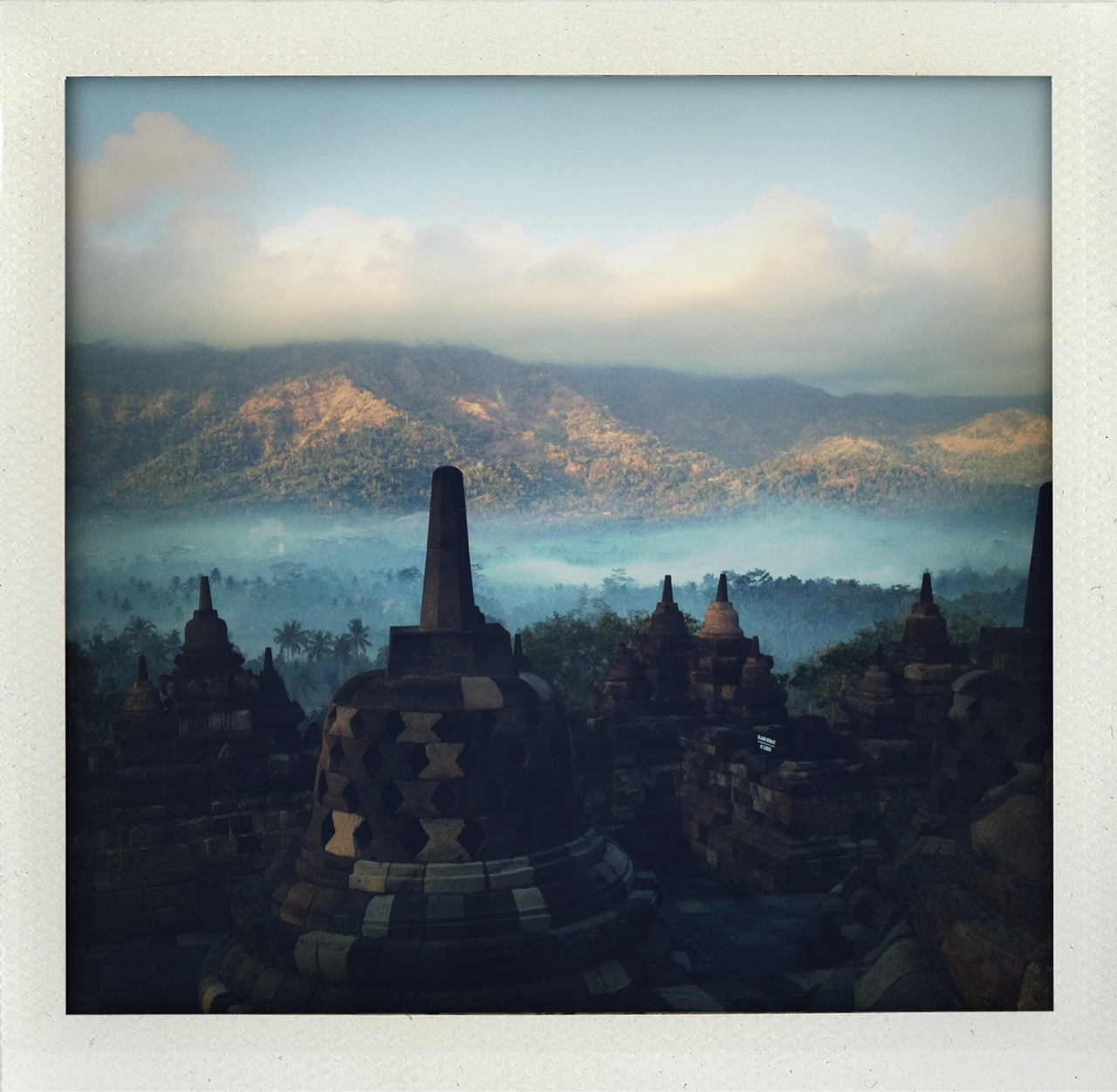 inezandvinoodh:  Most magical place on earth: the Borobudur at sunrise on Java.kisses Inez