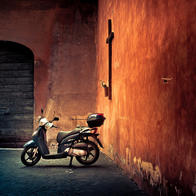 lillypotpie:  Italy / Rome / Orange / Photography by ►CubaGallery on Flickr.