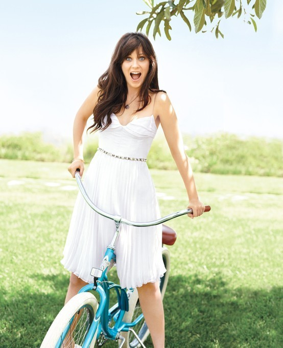hitfix:  The best kind of girl is a quirky girl! Zooey Deschanel