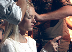 Backstage at Tommy Hilfiger Spring 2013 - Daria Strokous