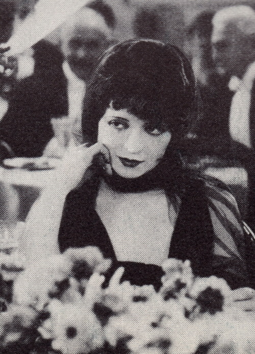 clarabowarchive:  Veiled Vamp ☆ Clara Bow ☆ It ☆