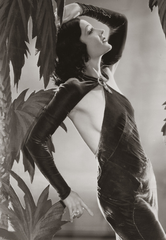 mudwerks:  Juliette Compton, 1932 (by pictosh)