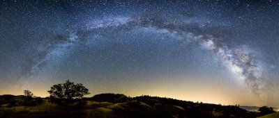 elitist-earth:  Panorama of the Milky Way.  when did the milky way get so depressed? stupid panaorama makes the sky looks like a real downer