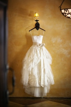 "noneotherthanmyblog:  perfect white dress"""","