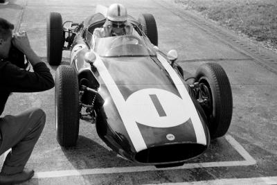 looking good …Jack Brabham on the grid for the 1960 Flugplatzrennen F2 race at Zeltweg Airfield in his Cooper-Climax T51