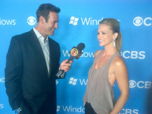 ‏@Cheekv: Here's an even BETTER photo of @ajcookofficial being interviewed by ET for our Premiere Party.