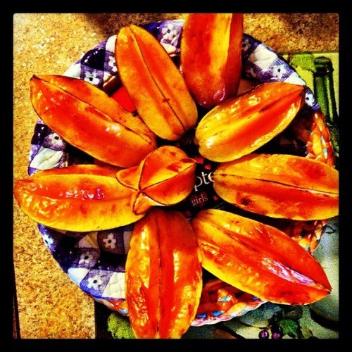 #carambola #starfruit #fruit #puertorico  (Taken with Instagram at Villa Carolina 5ta ext)