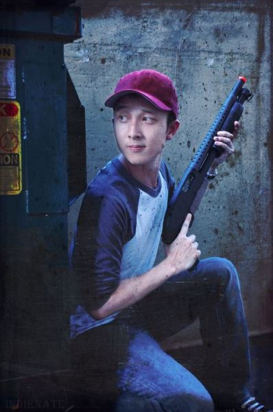 Exclusive new pic from Walking Dead! Steve Yeun has been recast for Season 3, check out the new actor replacing him.