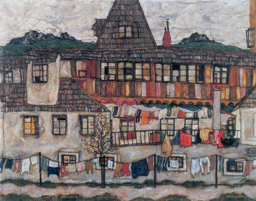 Egon Schiele - House with laundry drying.