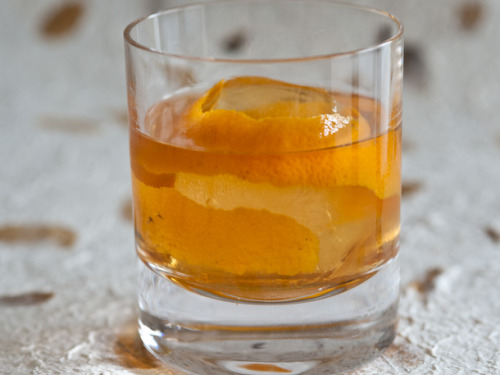 10 Bourbon Cocktail Recipes We Love Shown above: the Fancy Free, which—as a variation on an Old Fashioned—I can't wait to wrap my lips around. Also on deck: the Revolver (bourbon & coffee liquor) and the Suffering Bastard (bourbon, gin and ginger ale).