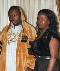 real-hip-hop-affiliated:  Russell Tyrone Jones aka O.D.B & His Mother Cherry Jones .
