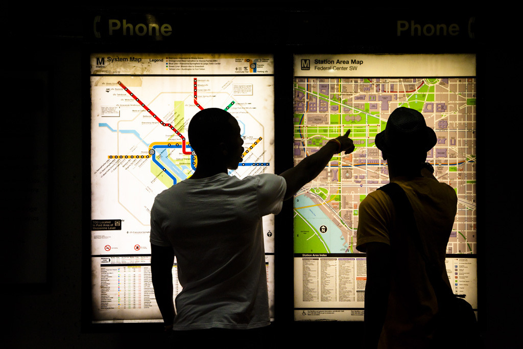 We Are Here The Washington DC Metro two map system at work. (Source: claryblaze/Flickr)